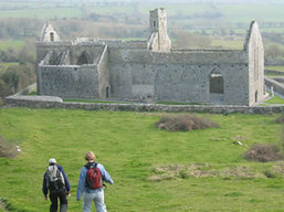 Boundless Journeys - Ireland walking tour