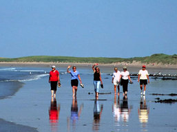 Boundless Journeys - Walking tour in Ireland