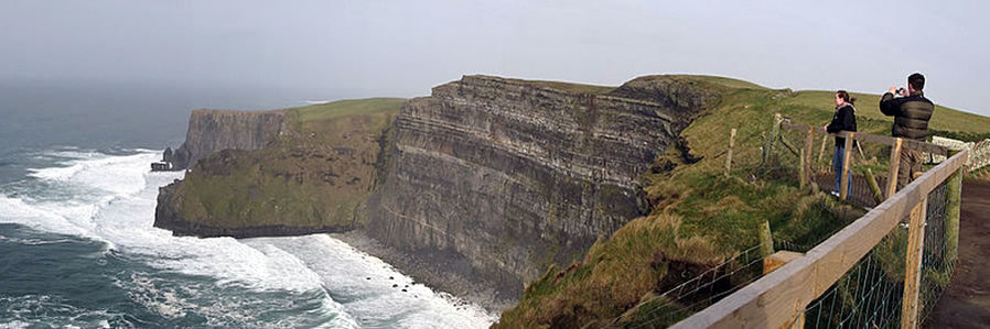 Boundless Journeys - Ireland Walking Tour
