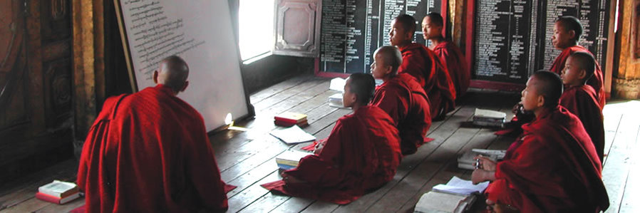 Small group tours to Burma