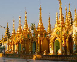 Deluxe tours in Burma