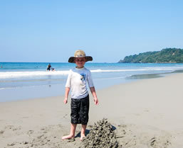 Family guides for Costa Rica