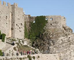 walking tour Sicily